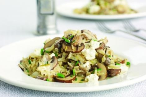 Reteta zilei: Pilaf cu ciuperci si lamaie