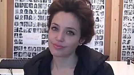Angelina Jolie s-a distrat intr-un club din Capitala