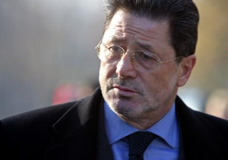 "Dinu il ataca pe Piturca: ""Ne facem ca muncim prin Antalya"""