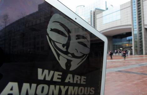 VIDEO! Hackerii de la Anonymous au atacat site-ul Parlamentului European