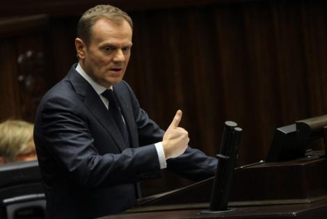 """Polonia conditioneaza semnarea """"pactului bugetar"""" pentru salvarea euro"""