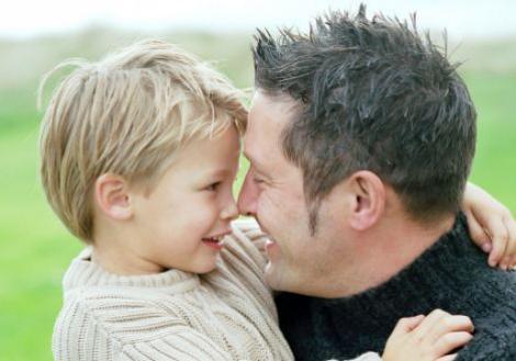 Lege noua in Marea Britanie: Parintii divortati vor fi obligati sa isi vada copiii