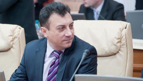 VIDEO! Ministrul Culturii din Republica Moldova, Boris Focsa, prins beat la volan