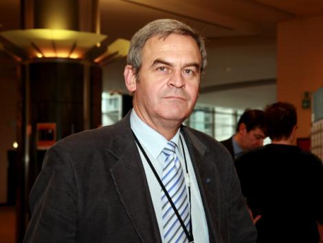 Congresul PPE: Laszlo Tokes vrea regionalizarea si federalizarea Romaniei