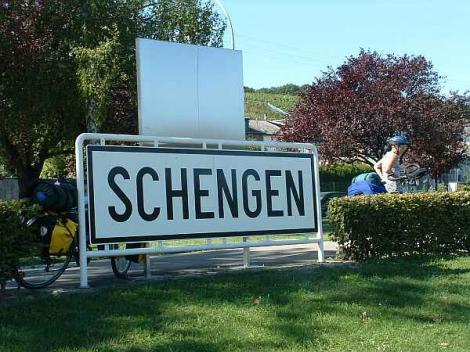 Decizia privind aderarea Romaniei la Schengen, amanata pentru februarie 2013