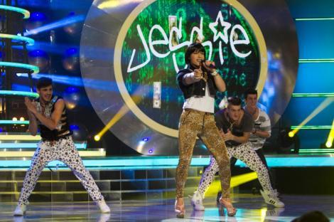 Jorge, un nou travesti spectaculos: Jessie J