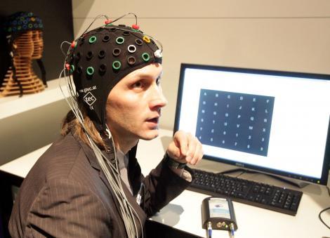 Creier vs computer. Ce poate face CRBL-ul si calculatorul, nu?