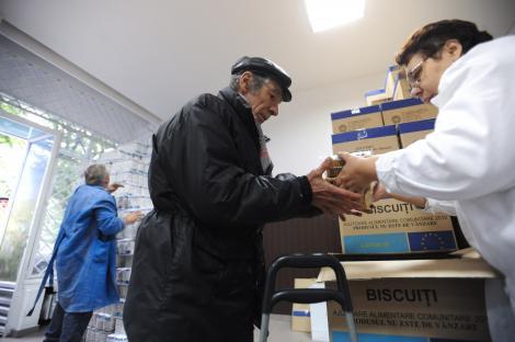 Comisia Europeana vrea sa aloce 2,5 miliarde de euro pentru ajutorarea saracilor din Europa