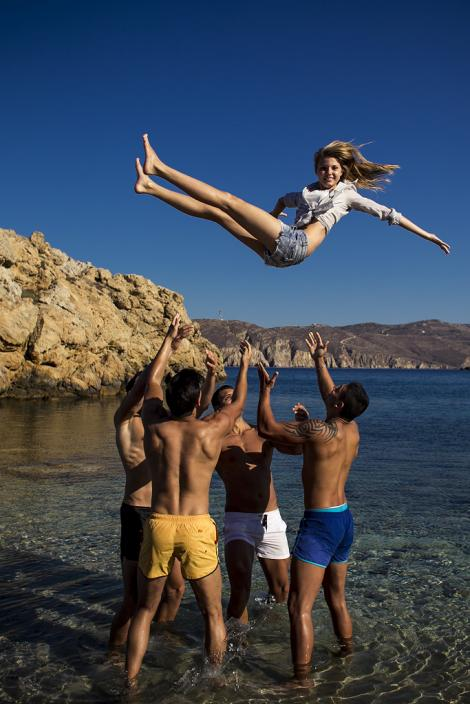 GALERIE FOTO! Fetele de la Next Top Model au innebunit grecii cu picioarele lor! Uite-le in toata splendoarea!