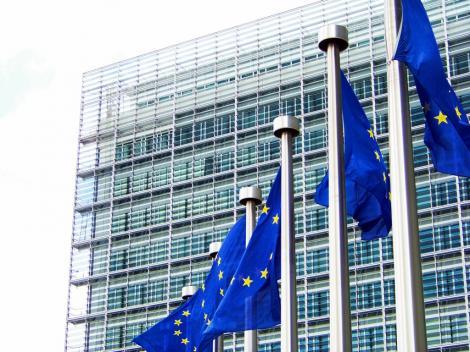 Comisia Europeana a notificat oficial Guvernul privind intrarea in procedura de presuspendare a trei programe operationale