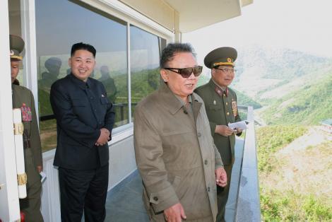 14 oficiali nord-coreeni, executati pentru ca nu au tinut doliu dupa moartea lui Kim Jong-il