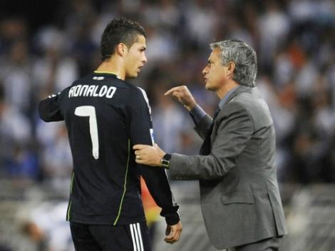 """PSG ofera 100 de milioane de euro pentru Cristiano Ronaldo. Portughezul ar putea ajunge la """"pachet"""" si cu Jose Mourinho"""
