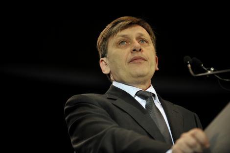 """Antonescu: """"Imi mentin declaratia ca il vom suspenda pe Traian Basescu daca nu il numeste pe Ponta premier"""""""