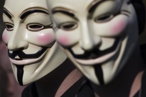 SIE: Gruparea Anonymous poate aduce pericole foarte mari pentru securitate