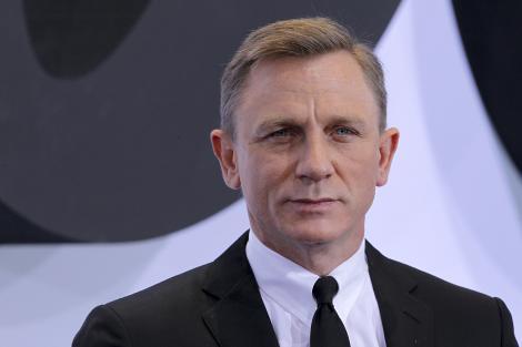 Daniel Craig abia asteapta sa scape de rolul lui James Bond