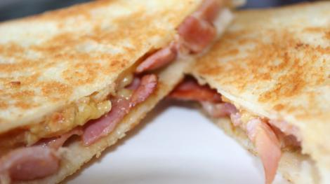 Un sandvis cu sunca, prima de Craciun pentru angajatii Jaguar