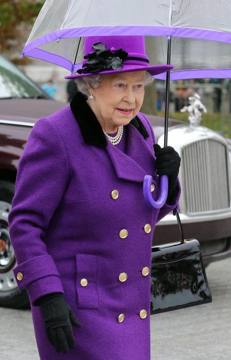Regina Marii Britanii, in Antarctica. O parte din regiunea polara va purta numele Queen Elizabeth Land
