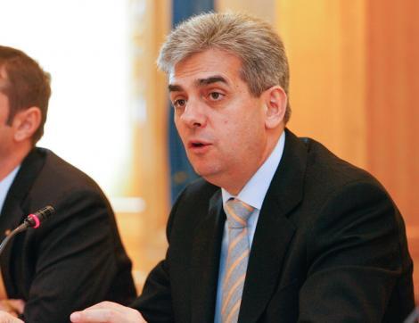 Raed Arafat, numit secretar de stat in Ministerul Sanatatii de Eugen Nicolaescu