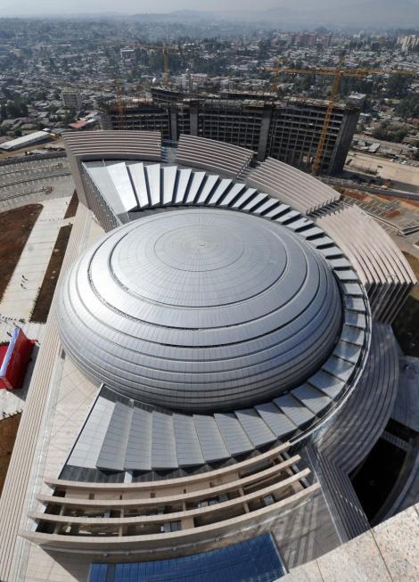 FOTO! Centrul de Conferinte al Uniunii Africane - un cost de 200 milioane dolari