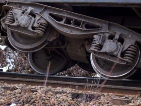 Un vagon al unui tren de calatori a deraiat pe ruta Oradea - Arad
