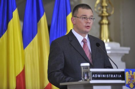 """Ungureanu, despre noul purtator al cuvant al Guvernului: """"Are un avantaj din start. Este sibian si vorbeste limba germana"""""""