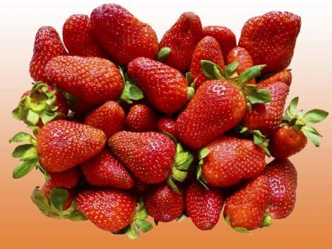 Patru alimente esentiale pentru o piele radianta