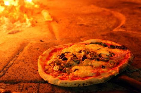 Afla cum poti sa mananci pizza fara sa te ingrasi!
