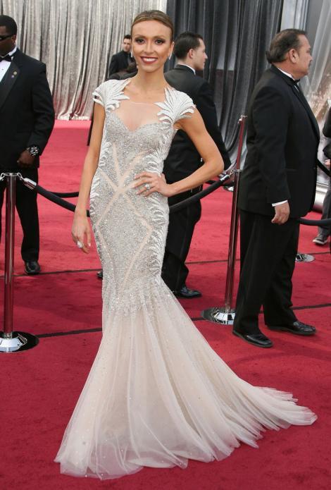FOTO! Rochii de mireasa de pe covorul rosu al Premiilor Oscar