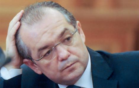 Emil Boc: Alegerile locale, pe 3 sau 10 iunie. PDL va creste de la 17% la 30%!