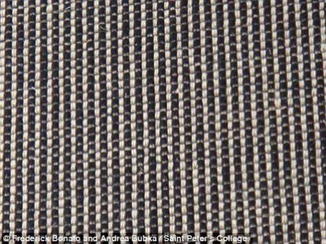 FOTO! Vezi covorul care provoaca ameteli