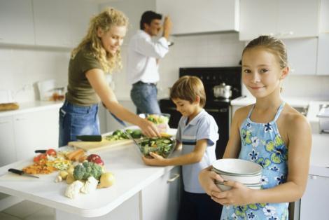 Cum sa-ti convingi copilul sa manance legume!