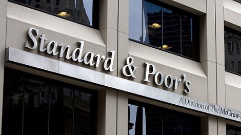 Standard & Poor's: Datoria Greciei ramane nesustenabila chiar si in scenariul unui haircut de 70%