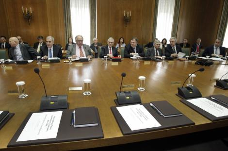 Ministrii Finantelor din zona euro se intalnesc astazi pentru a semna al doilea acord al Greciei
