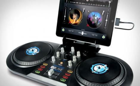 FOTO Cele mai traznite accesorii pentru iPad