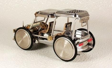 FOTO! Vezi cum arata motocicletele fabricate din piese de ceasuri!