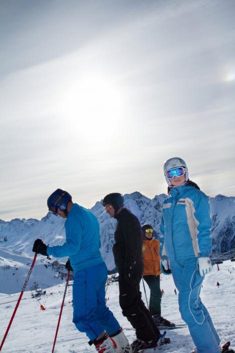 Ellie White, din nou pe partia de schi, la doua luni de la accident!