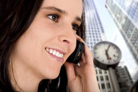 Afla de ce nu trebuie sa vorbesti la mobil cand esti insarcinata!