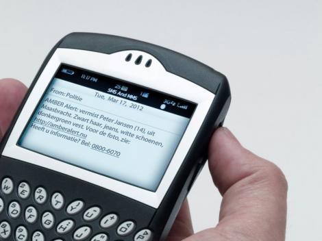 S-a inventat aplicatia care blocheaza apelurile, mailurile si SMS-urile
