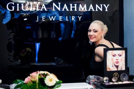 Loredana, Dana Savuica, Ellie White, Lavinia si Tania Budi isi cauta norocul cu bijuteriile Giuliei Nahmany