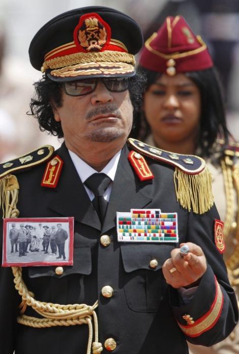 Gaddafi fabrica si ascundea arme in ambasadele libiene de pe tot globul