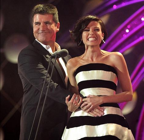 Simon Cowell i-a declarat iubire lui Dannii Minogue