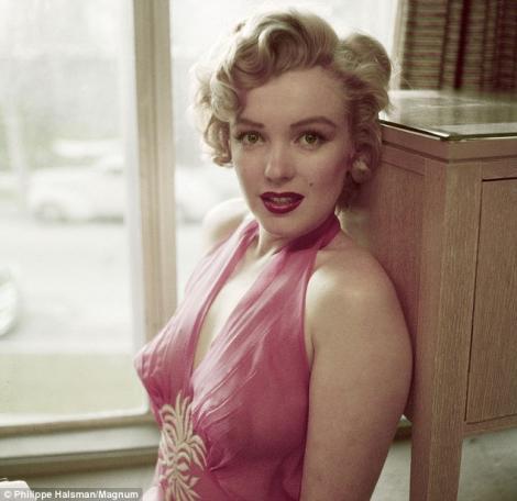 FOTO! Fotografii nemaivazute cu Marilyn Monroe, din anul 1952