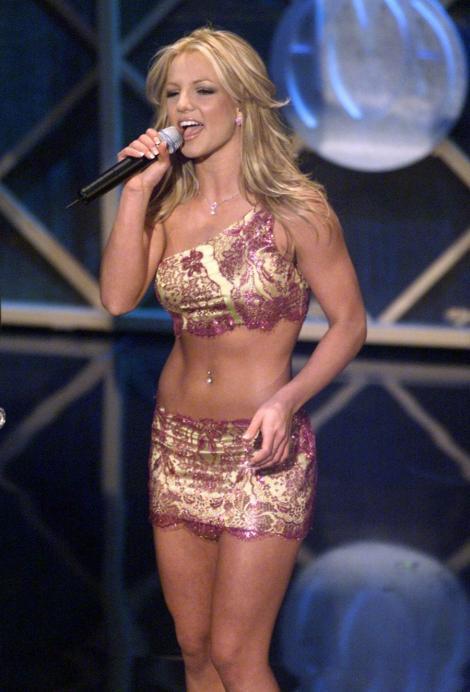 VIDEO! Britney Spears va primi 15 milioane de dolari pentru a fi in juriul X Factor