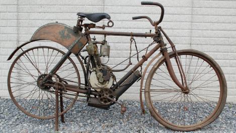Cea mai veche motocicleta Indian a fost vanduta cu 155.000 de dolari