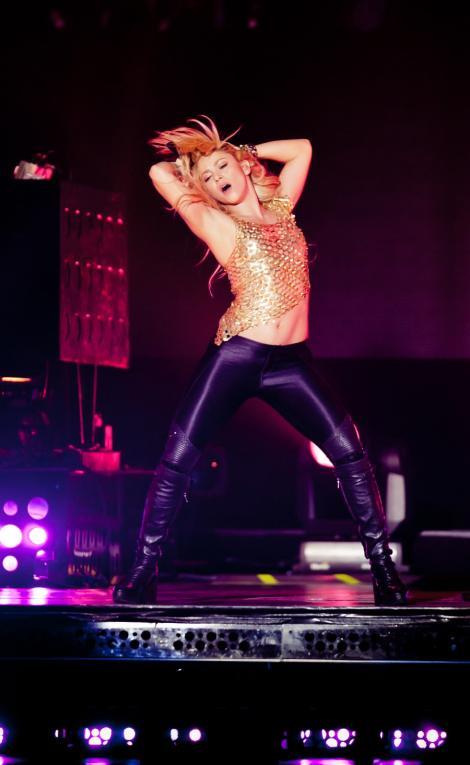 Shakira, cea mai sexy cantareata din lume