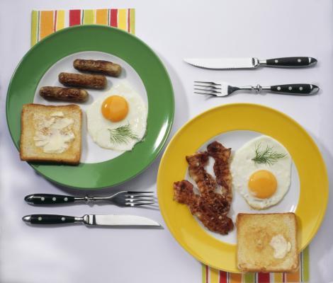 Un mic dejun bogat in grasimi este cel mai sanatos mod de a-ti incepe ziua
