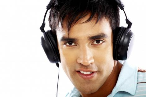 Muzica te ajuta sa fii mai productiv la serviciu