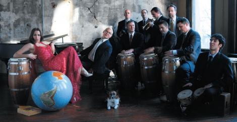 Pink Martini revine in Capitala cu un concert de exceptie