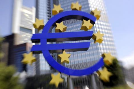 Aderarea Romaniei la moneda euro ar putea fi amanata cu patru ani