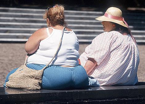 Pierderea moderata in greutate reduce riscul de a face cancer la san